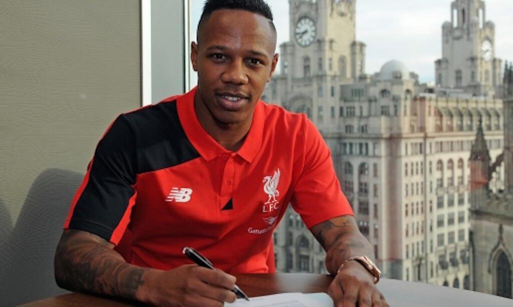 Mchezaji mpya wa Liverpool, Nathaniel Clyne anayejiunga na klabu hiyo akitokea Southampton