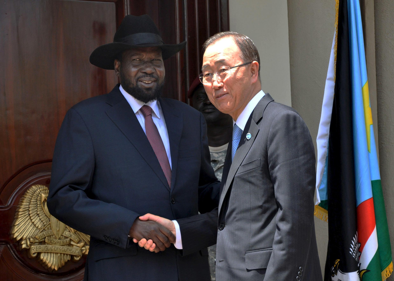 Sakatare Janar na Majalisar Dinkin Duniya  Ban-Ki-moon tare da shugaban kasar Suadan ta Kudu a birnin Juba