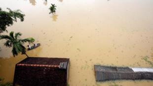 Cảnh lũ lụt do bão. Ảnh vùng lân cận Hà Nội, ngày 13/10/2017.