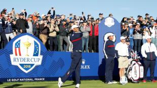 La compétition n'a pas encore commencé que Tiger Woods déchaine les foules.