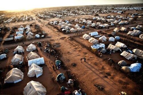 sansanin yan gudun hijirar Somaliya  na Dadaab a kasar kenya