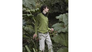 Alex Scholefield, Act, 2009 - 2011.