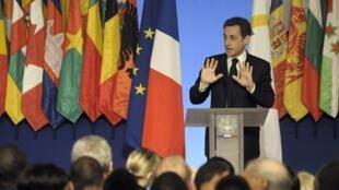 Réception à l'Elysée à l'occasion de la journée internationale de la Francophonie et du 40e anniversaire de l'OIF.