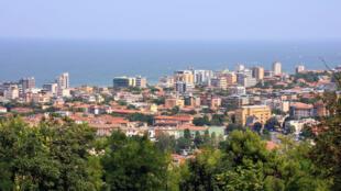 Vue aérienne de Pesaro en Italie, la ville où a été assasiné le frère d'un repenti de la mafia calabraise.