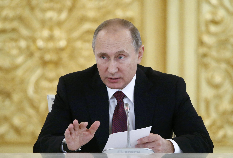 Tổng thống Nga Vladimir Putin phát biểu trong cuộc họp của Hội Đồng Xã Hội Dân Sự và Nhân Quyền, Matxcơva, ngày 08/12/2016