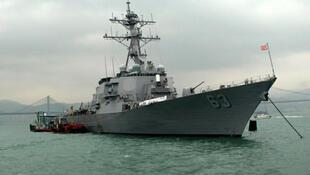 Ảnh minh họa: Chiến hạm Mỹ USS Stethem (DDG-63) làm nhiệm vụ tuần tra tại Biển Đông