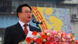 广东省委常委、统战部长周镇宏。