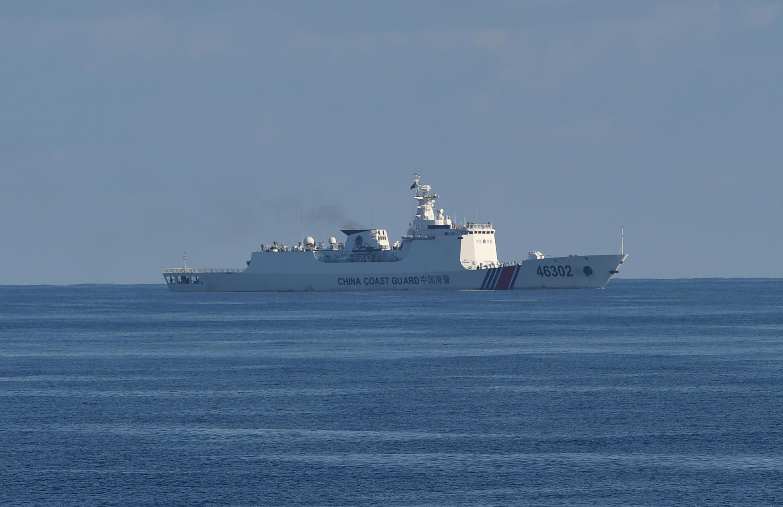 Ảnh minh họa: Một tàu tuần duyên của Trung Quốc hoạt động trong vùng Biển Đông gần Scarborough, khu vực có tranh chấp chủ quyền với Philippines. Ảnh chụp ngày 14/05/2019.