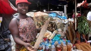 O Mercado dos Kwanzas, no município de Cazenga, em Luanda. 8 de Maio de 2019.