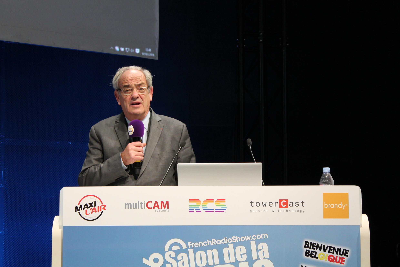 Patrice Gélinet, du CSA, est le premier à se plaindre du retard pris par la France.
