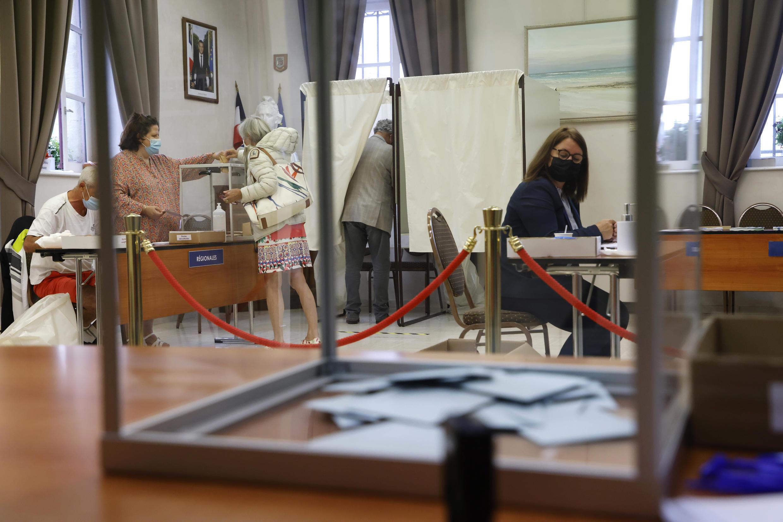 Un colegio electoral en Etaples, en el norte de Francia, el 27 de junio de 2021