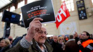 Mobilização elevada no segundo dia de greve dos ferroviários
