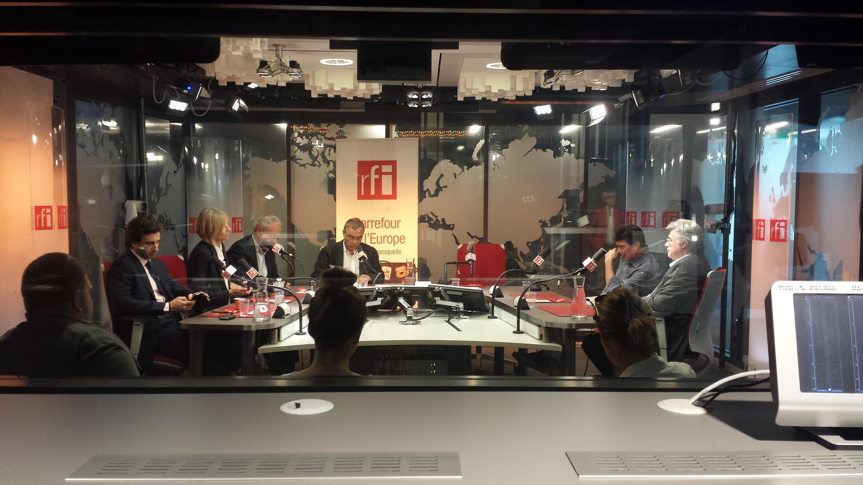 De gauche à droite : Julien Rochedy, Marielle de Sarnez, Alain Lamassoure, Pascal Durand, Patrick le Hyaric,