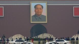 A Pékin, sur la place Tiananmen, où un attentat a fait cinq morts, le 28 octobre 2013.
