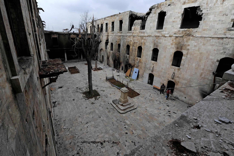 Une école détruite dans la vieille ville d'Alep, le 17 décembre 2016.