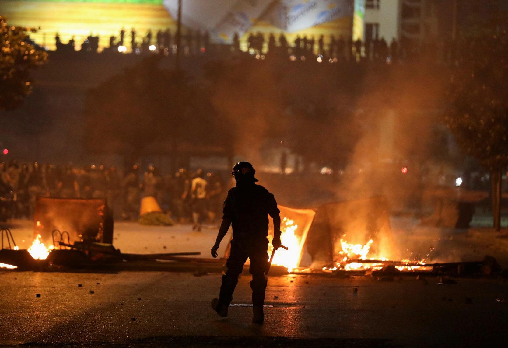 2020-06-12T000000Z_1746067494_RC2W7H951JQV_RTRMADP_3_LEBANON-CRISIS-PROTESTS