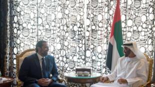 Le Premier ministre libanais démissionnaire Saad Hariri reçu le 7 novembre 2017 à Riyad par le prince Mohammed bin Zayed al-Nahyan.