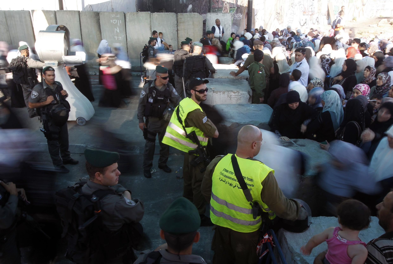 Một chốt gác của Israel tại phía tây thành phố Ramallah ngày 3/8/2012.