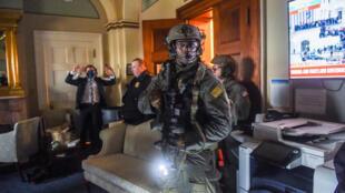 L'équipe SWAT de la police du Capitole le 6 janvier 2021.
