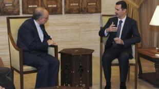 Le président syrien Bachar el-Assad a reçu le ministre iranien des Affaires étrangères Ali Akbar Salehi, le 19 septembre 2012.