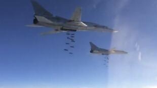 Máy bay ném bom chiến lược Nga Tupolev TU-22 oanh kích trên không phận Syria