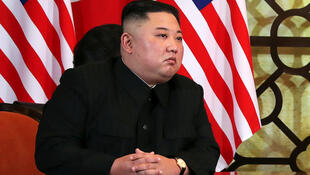 Le président nord-coréen, Kim Jong-un, en tête-à-tête avec Donald Trump lors de la deuxième réunion nord-coréenne américaine au sommet de Hanoï, Vietnam, le 28 février 2019.