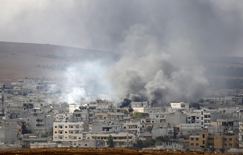 Mapigano yaendelea kurindima katika mji wa Kobane, nchini Syria.