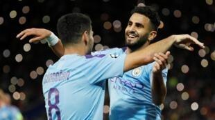 À droite, Riyad Mahrez (Manchester City).