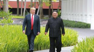 Kim Jong Un và Donald Trump tại thượng đỉnh ở Singapore, 13/06/2018.