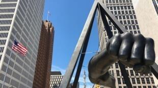 Economiquement laminée par la crise des subprimes en 2007, Detroit avait été vidée de ses forces vives. Celles-ci reviennent peu à peu, à la faveur d'un marché immobilier très accessible.