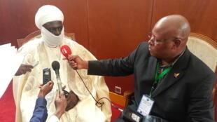 Entretien avec le Lamido de Rey Bouba au Cameroun.