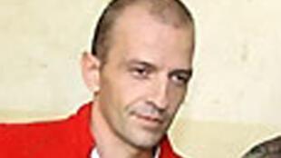 Cult leader? Eric Breteau, president of l'Arche de Zoé