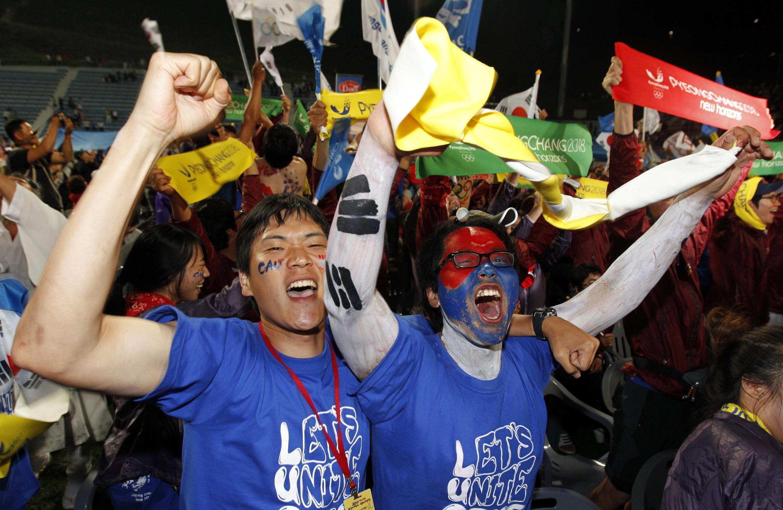 Explosão de alegria na cidade de Pyeongchang quando a escolha foi anunciada.