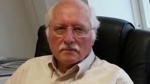 Omar Carlier, professeur d'Histoire à l'Université Paris VII, spécialiste du Maghreb.