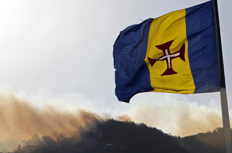 A situação na Ilha da Madeira foi controlada, mas dezenas de residências foram destruídas pelo fogo.