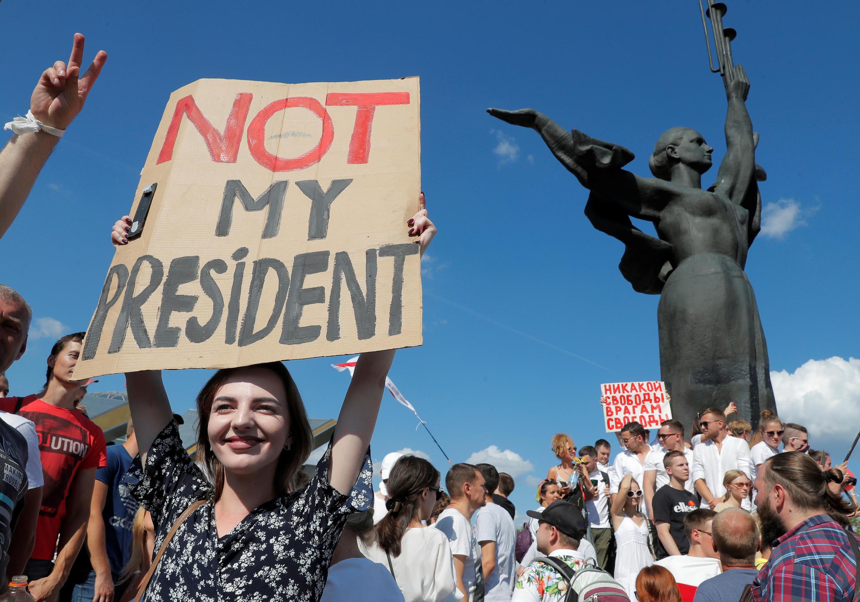 2020-08-16T141216Z_173507715_RC22FI9D470L_RTRMADP_3_BELARUS-ELECTION-PROTESTS