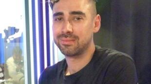 El artista colombiano Daniel Otero Torres en RFI