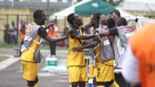 Les joueurs de l'Asec Mimosas lors d'un match face à l'Africa Sports. Le grand club ivoirien a dû arrêter toutes ses activités à cause de la pandémie de coronavirus