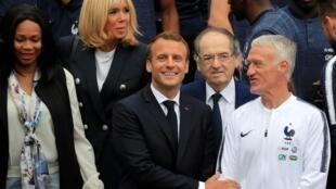 2018世界盃賽前法國總統馬克龍看望法國足球隊