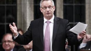 Bộ trưởng Thươg mại Canada Ed Fastn tại Quốc hội Canada ngày 2/10/2012.