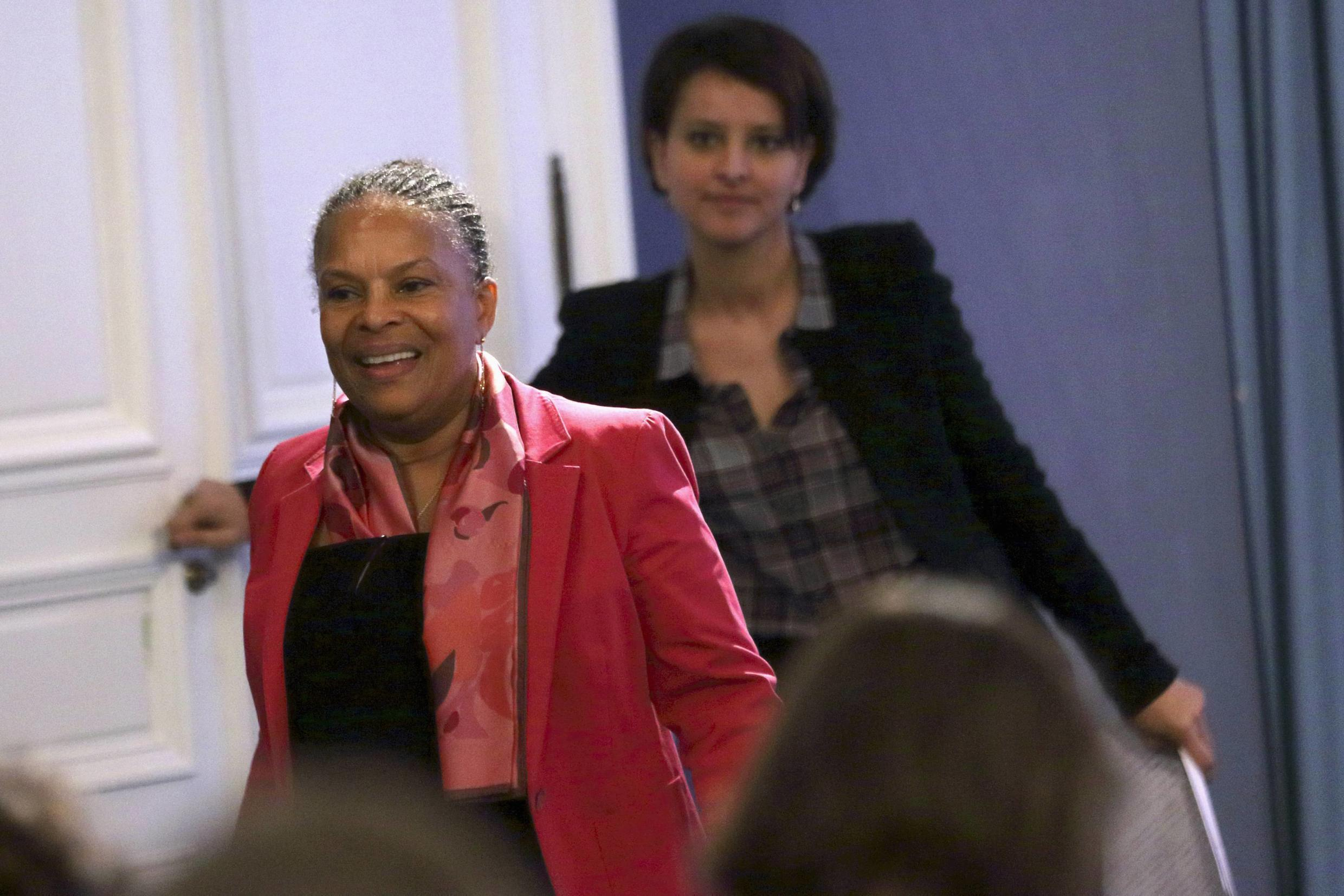 Education Minister Najat Vallaud-Belkacem (R) with Justice Minister Christiane Taubira, who has also been attacked by the far right