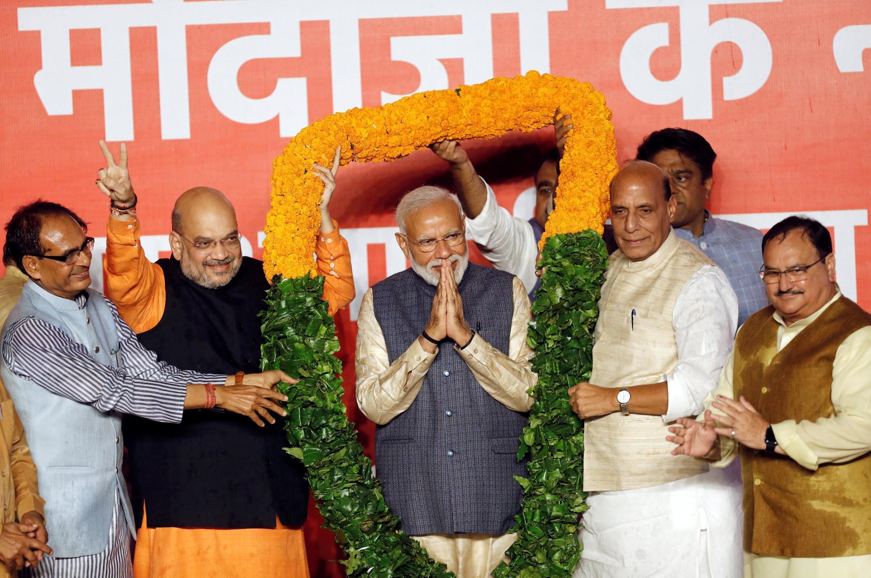 Le président du BJP, Amit Shah, et le Premier ministre indien, Narendra Modi, après l'annonce des résultats des élections à New Delhi, le 23 mai 2019.