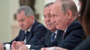 俄罗斯总统普京与美国总统国家安全顾问博尔顿会面  2018年6月27日