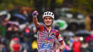 Le Portugais Ruben Guerreiro vainqueur de la 9e étape du Tour d'Italie, entre San Salvo et Roccaraso, le 11 octobre 2020