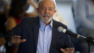 L'ancien président brésilien Lula da Silva, lors d'une conférence de presse à Sao Paulo le 10 mars 2021.