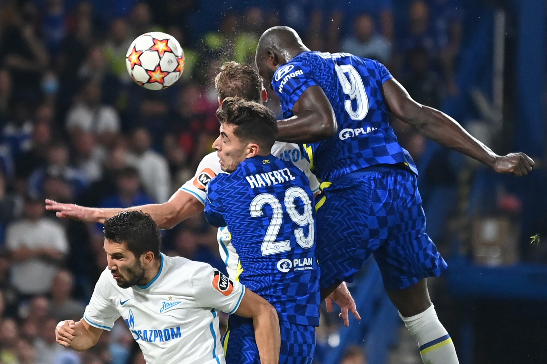 Romelu Lukaku marque de la tête l'unique but de la victoire de Chelsea face au Zenit St-Pétersbourg à Stamford Bridge, le 14  septembre 2021