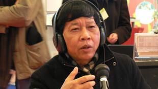 Nhà văn Nguyễn Huy Thiệp trả lời RFI Tiếng Việt tại Expolangues, Paris, Pháp, ngày 07/02/2008.