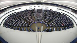 位于法国斯特拉斯堡的欧洲议会5月10日就是否给予中国市场经济地位问题开会讨论