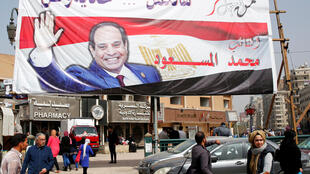 Affiche de campagne du président égyptien, Abdel Fattah al-Sissi, le 1er mars 2018 au Caire.