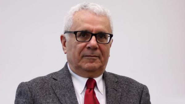 فریدون خاوند، اقتصاددان و کارشناس روابط اقتصادی بینالمللی